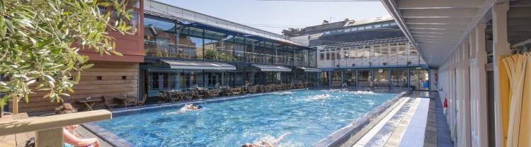 pool, bar and restaurant